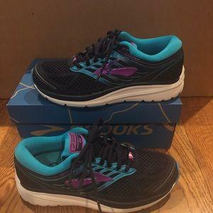 Brooks Addiction 13 Women's running shoes 7.5 2A